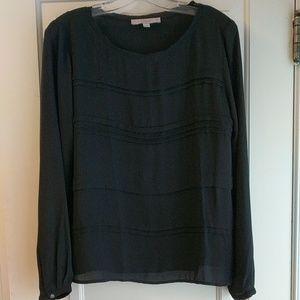 LOFT black blouse. So pretty and classic ❤️